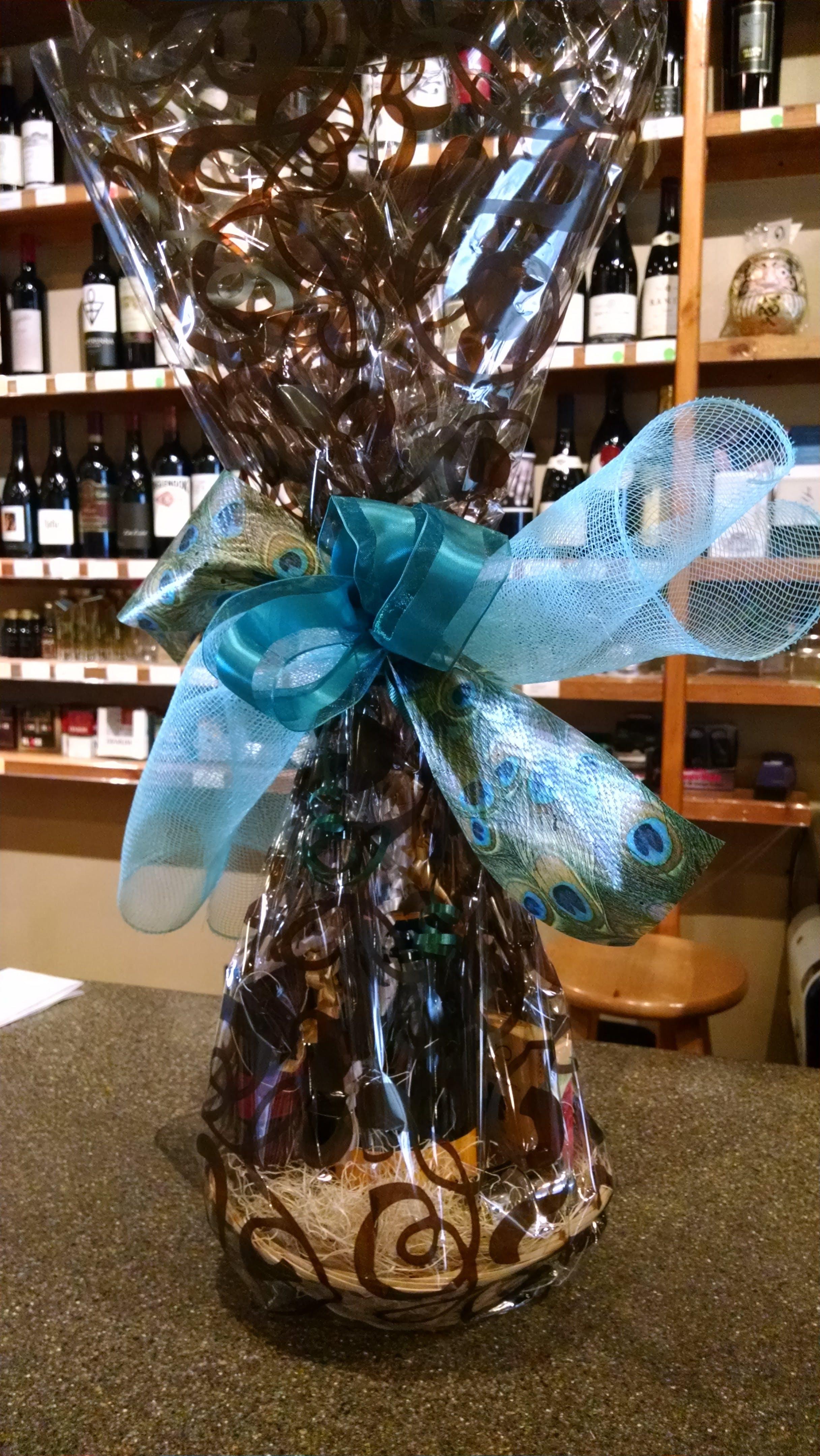 Kona Wine Club Sparkling Wine and Chocolate Gift Basket 750ml - Kona Wine Market