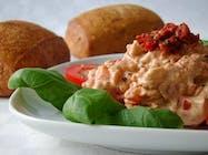 Le Jardin Smoked Gouda & Sun Dried Tomato Dip 32oz Jar